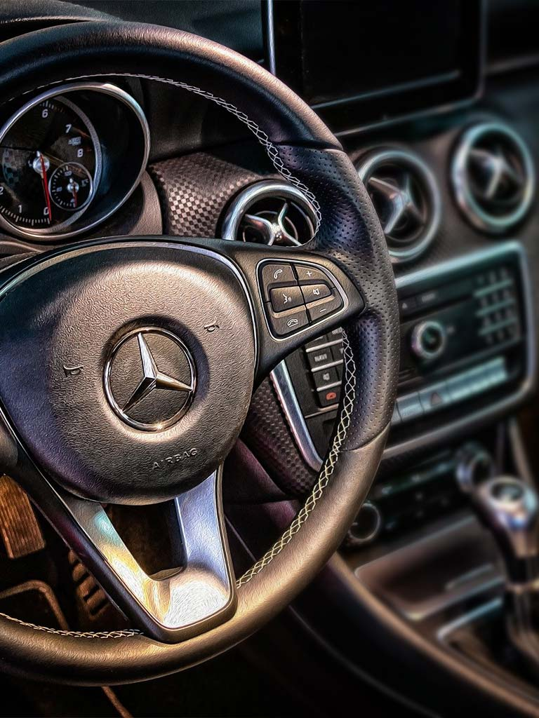Mercedes Benz Cockpit