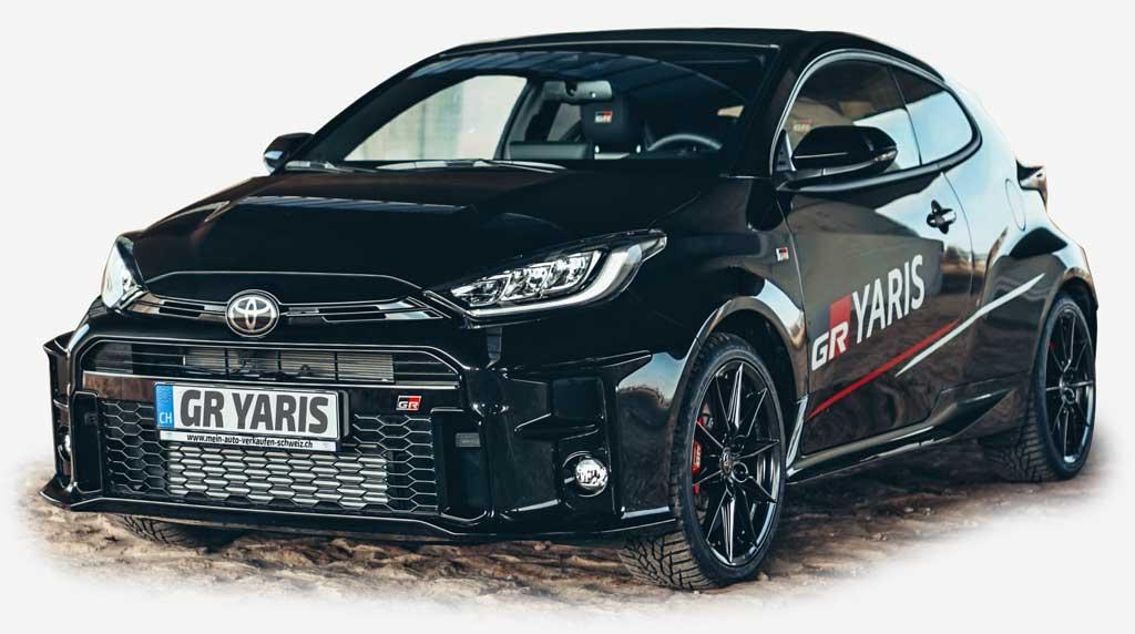 Toyota GR Yaris 2021 schwarz